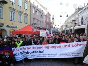 Solidaritätsaktion-KambotschaFoto-300x225